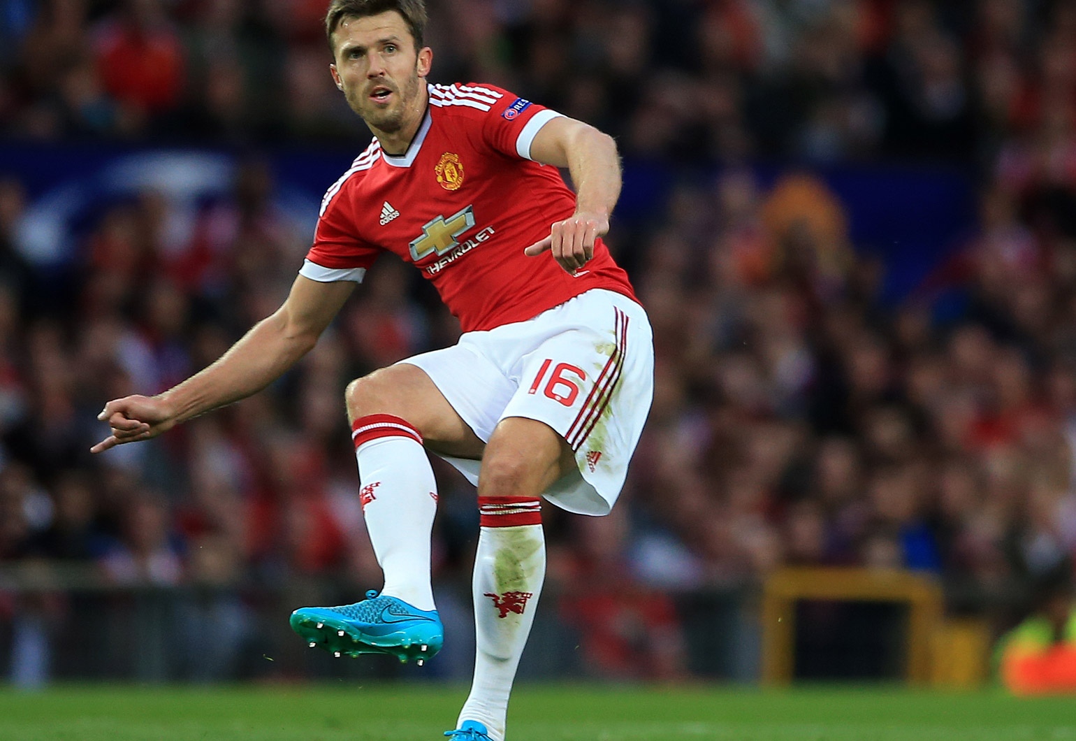 How Hard Will it be to Replace Michael Carrick?