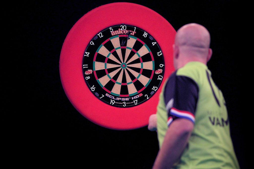 Premier league darts betting tips week 12 mauro betting assina com a fox a rabbit