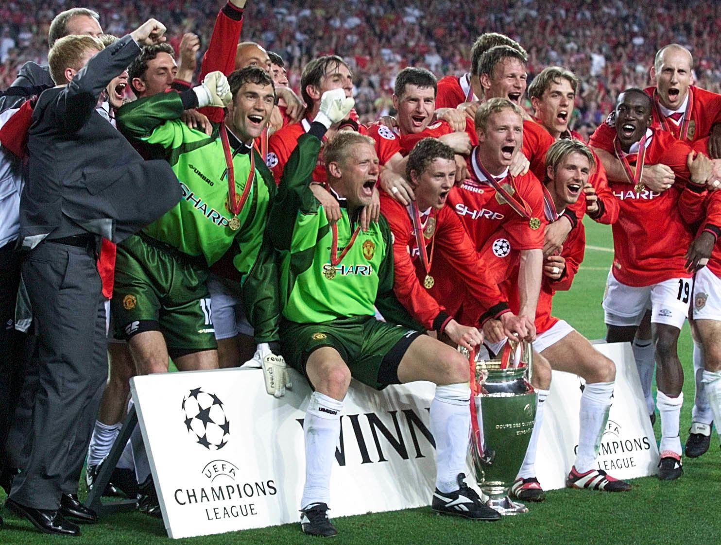"""And Solskjaer has won it!"" How Manchester United completed the ultimate treble in 1999"
